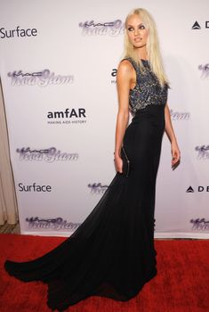 32de572161 Candice Swanepoel worked her stuff on the red carpet in a custom Theyskens   Theory gown