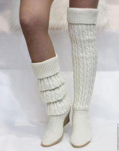 Crochet Boot Socks, Crochet Sandals, Crochet Slippers, Knitting Socks, Make Your Own Shoes, How To Make Shoes, Crochet Shoes Pattern, Sexy Socks, Pretty Shoes