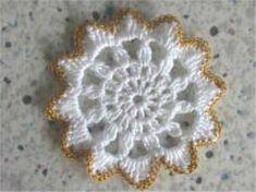 Risultati immagini per horgolt gyertyatartó minta Crochet Circle Pattern, Crochet Edging Patterns, Crochet Circles, Pink Rose Croche, Welding Crafts, Crochet Angels, Angel Ornaments, Christmas Angels, Baby Sewing