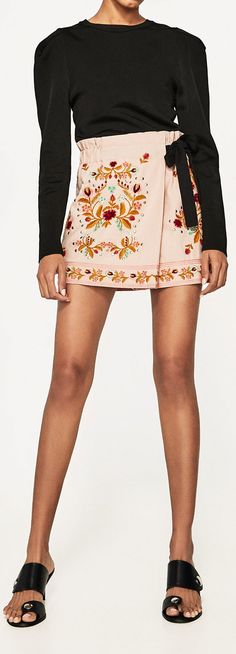 ZARA PINK EMBROIDERED SHORTS