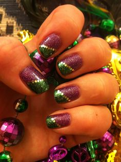 Mardi Gras nails! I must have these!