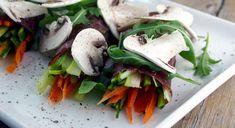 Un piatto leggero ma molto sfizioso, ideale per un antipasto o un secondo gustoso e freschissimo.Una ricetta di Manuela Abbrescia del blog La via delle Sp