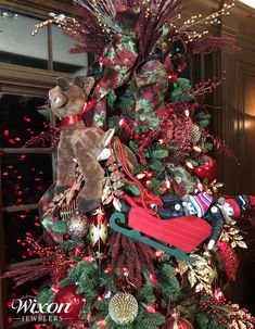 New Ideas for Elf on the Shelf - Christmas Tips The Elf, Elf On The Shelf, Christmas Wreaths, Christmas Tree, Christmas Traditions, Over The Years, Bubbles, Shelves, Traditional