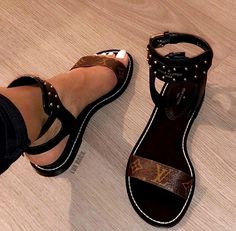 Louis Vuitton Sandals Reposh Bought for 450 turns out they were a dup. Taking reasonable offers Louis Vuitton Shoes Sandals Cute Sandals, Cute Shoes, Women's Shoes, Me Too Shoes, Shoe Boots, Sandals Outfit, Black Shoes, Pretty Sandals, Platform Shoes