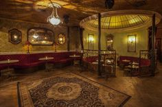 These bars are so damn pretty, George Clooney's been romantically linked to all of them.