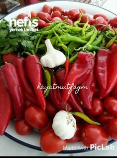 Molho de café da manhã - - Pratik Hızlı ve Kolay Yemek Tarifleri Turkish Recipes, Homemade Beauty Products, Food Pictures, Food And Drink, Health Fitness, Pasta, Stuffed Peppers, Vegetables, Knitting Videos