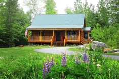 10 Amazing Country Homes You Can Build for Under $65K Log Home Kits, Log Cabin Kits, Log Cabin Homes, Cabin Plans, Log Cabins, Home Design, Coventry, Ideas De Cabina, Small Log Cabin