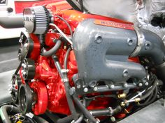 The Engine of a MasterCraft PS 197 Pro Star Series Ski-Boat      https://www.youtube.com/user/Viewwithme