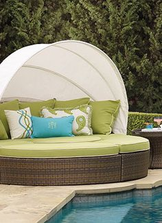 You can snuggle all the outdoor furniture pieces together for an intimate daybed setting, or let the canopy down and spread the pieces out for a party atmosphere.