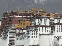 Potala Palace, Lhasa, Tibet http://www.imperatortravel.com/2012/05/tibet-where-you-can-touch-the-sky-episode-1.html