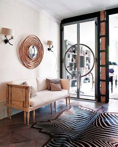 A touch of Luxe: Cool hall with zebra rug and amazing flooring Decoration Inspiration, Interior Inspiration, Home Interior Accessories, African Interior, Eclectic Furniture, Lounge, Interior Architecture, Interior Decorating, Living Room