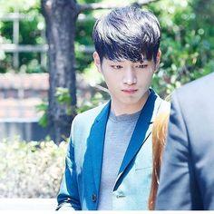 夢にガンジュン出て来た〜  私はなぜか脚骨折してたwww  #seokangjoon #ソガンジュン#世界一好きな俳優