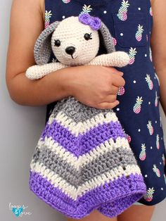 Free Baby Lovey Crochet Patterns Round Up - OkieGirlBling'n'Things Crochet Lovey Free Pattern, Crochet Gratis, Crochet Blanket Patterns, Love Crochet, Baby Blanket Crochet, Baby Patterns, Crochet Toys, Crochet Baby, Rainbow Crochet