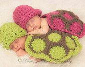 Twin Newborn Cuddle Critter Cape Set - Hatchling Turtle Cape Set - Baby Crochet Hat - Photo Prop - Crochet Turtle - Baby Boy & Girl Set