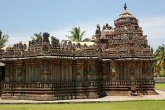 Amriteshwara Temple North of Chicckmagaluru, Karnataka, India By Dineshkannambadi - Own work, CC BY-SA 3.0, https://commons.wikimedia.org/w/index.php?curid=33536742