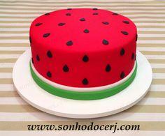 Bolo Melancia! www.sonhodocerj.com  Curta nossa página no Facebook: www.facebook.com/sonhodocerj  #Bolo #BoloMelancia #Cake #Melancia #Magali #festa  #FestaMelancia #WatermelowCake #party #BoloDecorado #bolopersonalizado