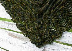 Další z návodů, který jsme pro Vás přeložily, je nádherný šátek s tajemným jménem Multnomah. Jeho autorkou je Kate Ray z www.helloknitt...