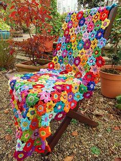 crochet comforter ... flowers ... bright colors ... great look!!