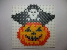 perle hama citrouille pirate http://mes-petites-creations-13.skyrock.com/