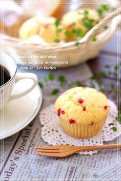 ღღ苺ホワイトチョコマフィンღღ by ko~ko [クックパッド] 簡単おいしいみんなのレシピが137万品