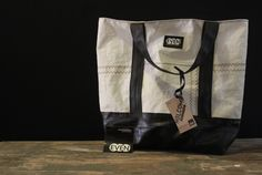 Wander and nurture Earth with the Holcomb Carryall bag from EvenoddCreative of Rochester, NY. Handmade in from upcylced sailcloth and bike inner tubes, the Holcomb is a perfect carryall bag for your everyday travels. $50