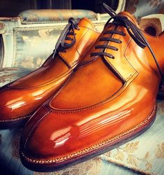 Split Toe Derby Model 508 Personal Last. Colour 602 Burnished and Glazed. #derby #shoes By@saintcrispins
