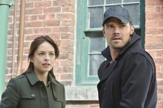 """""""Cat and Mouse"""" - Kristin Kreuk as Catherine and Jay Ryan as Vincent #BATB"""
