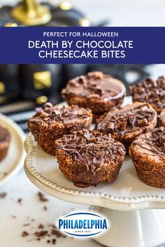 These Death by Chocolate Cheesecake Bites are rich in flavor and great for sharing, making them the . Cheesecake Desserts, Cheesecake Bites, Chocolate Cheesecake, Mini Desserts, Chocolate Recipes, Just Desserts, Delicious Desserts, Yummy Food, Candy Recipes