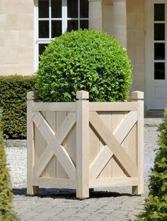 Oxford Planters - professional gardeners specialising – garden, courtyard consultancy, planning Best Picture For rustic Garden Planters For Your Taste You are looking for something, and it is going Diy Wooden Planters, Outdoor Planter Boxes, Cedar Planters, Wood Planter Box, Wooden Garden, Garden Planters, Cement Garden, Garden Pallet, Diy Terrasse