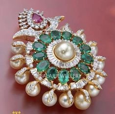 Fancy Jewellery, Royal Jewelry, Gold Jewellery Design, Gold Pendent, Diamond Pendant, Diamond Jewelry, Gold Earrings Designs, Bracelet Designs, Jewelery