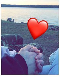 Couple Art, Love Couple, Couple Goals, Cute Relationship Goals, Cute Relationships, Cigarette Aesthetic, Fake Life, Islam, Feelings