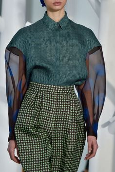 Delpozo details fall / winter New York fashion week - .- Delpozo details fall / winter New York fashion week – New York Fashion, La Fashion Week, Runway Fashion, Winter Fashion, Trendy Fashion, High Fashion, Fashion Outfits, Womens Fashion, Fashion Trends