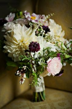 Rustic wedding bouquet //// {Pemberley Events}