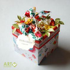 Folk! Exploding box for wedding :) - Scrapbook.com