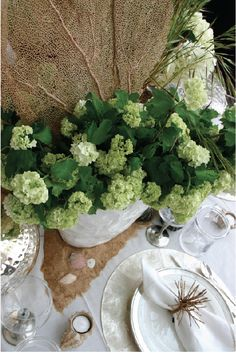 Hamptons themed table. Trenna Travis Design Studio