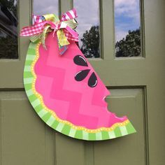 This Super Cute Mason Jar Door Hanger Is Perfect For