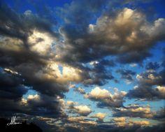 MERAVIGLIOSAMENTE  #fotografia #photography #nuovole #nuvola #cloud #clouds #meravigliosamente #meraviglioso #scrittura #poetic #poesia #sky #landscape #landscapephotography #color #skyscape