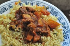 Vindaloo- The Fiery Goan Curry.... Traditionally made with Pork but you can use chicken, beef, mutton, lamb.
