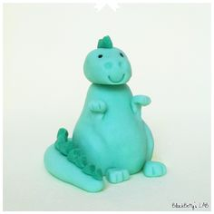BlackBetty'sLab: Tutorial Dinosauro in pasta di zucchero !