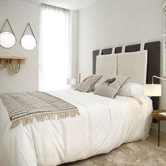 Relaxing bedroom design in Villajoyosa home #Luxury #Lifestyle #Interiors #InteriorDesign #HomeDesign #HomeDecor #Home #Property #RealEstate #EstateAgent #Realtor #Design #Spain #Marbella #Sun #Relax #Casa #Propiedad #Lujo #Diseño #Scandi