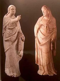 Giovanni d'Agostino  (documenté à Sienne de 1331 à 11348) Groupe de l'Annonciation ? SIenne, vers 1330-1335 Marbre Londres, Victorai and ALbert Mseum (ange) Paris, Musée du Louvre (Vierge)