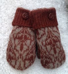 Women's Felted Wool Repurposed Sweater Mittens From Vintage Sweater Size Small Tan and Rust Vintage Brown Color Buttons Tan Fleece Lining by SewforYou on Etsy
