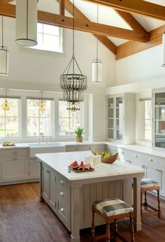 Mill Hill > Hutker Architects — Martha's Vineyard, Cape Cod and Nantucket    Mill Hill    Services:  architecture  interior design  traditional        Edgartown, MA      4600 sq.ft.      New Construction      2011