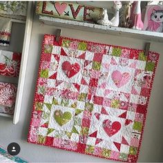 """587 Likes, 8 Comments - Southern Fabric Quilting (@southernfabric) on Instagram: """"This is too cute. Thank you @jenicraftgirl. #southernfabric #sewing #heartquilt #quiltsofinstagram…"""""""