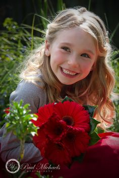 flower girl at home before the wedding. Wedding photography Wellington http://www.paulmichaels.co.nz/