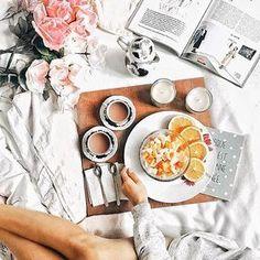 75 отметв Instagram: «Привет!✌ Разнообразьте свои будни (или выходные) красивым завтраком с книгой или журналом,…»