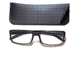 2.25 reading glasses grey houndstooth with case 2.25 reading glasses grey houndstooth with case Accessories Glasses