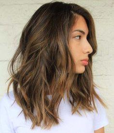 medium+length+dark+brown+hair+with+light+brown+highlights