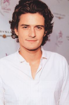 Orlando Bloom. Why is he so gosh dang beautiful? haha. If I could marry him I would!