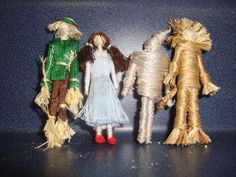 Wizard of Oz toothpick dolls || clothespin, clothespeg, pin, toothpick, miniature, doll, dollhouse, friendship, worry, Dorothy Gale, Scarecrow, Tin Man, Cowardly Lion